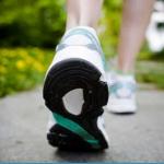 Camminare aiuta il cuore: bastano 40 minuti due volte a settimana